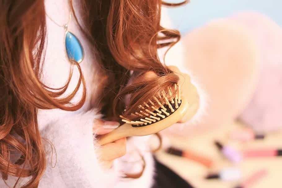 Des cheveux roux