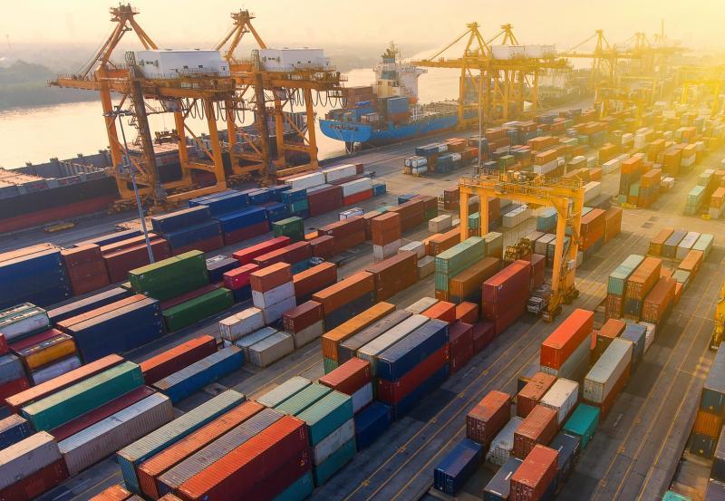 Quelle société de transport portuaire choisir à Marseille ?