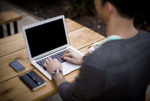 Reconversion professionnelle: quelles informations mettre dans le CV ?