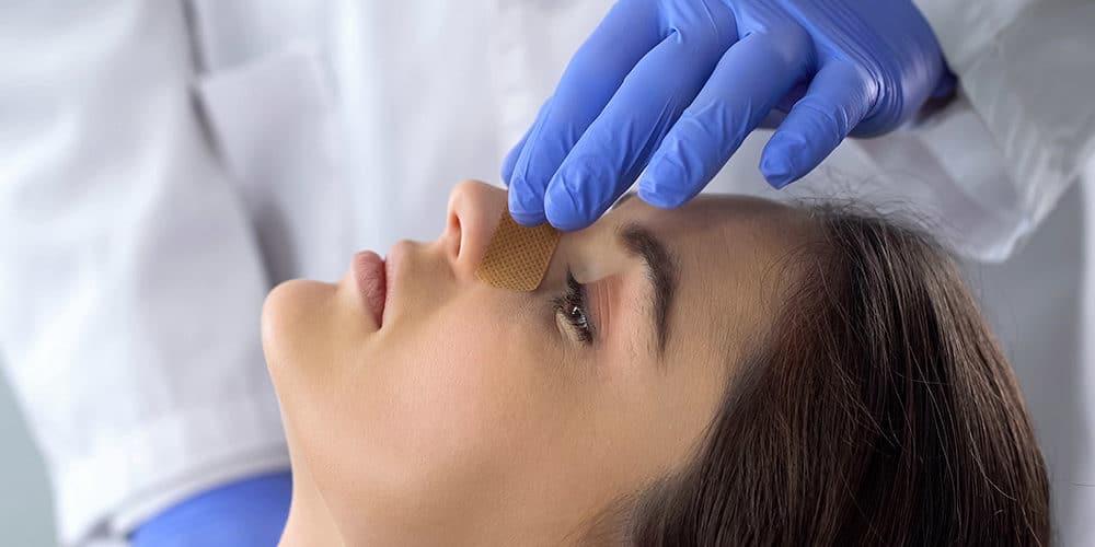 Comment soigner une fracture du nez ?