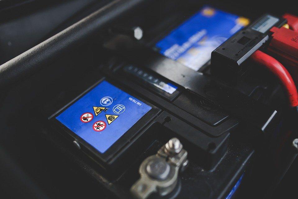Comment choisir la meilleure batterie pour son véhicule marin