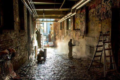 Choisir sa société de nettoyage industriel : ce qu'il faut prendre en compte