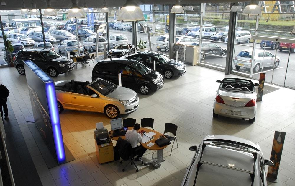 Achat d'une première voiture : comment éviter les pièges ?